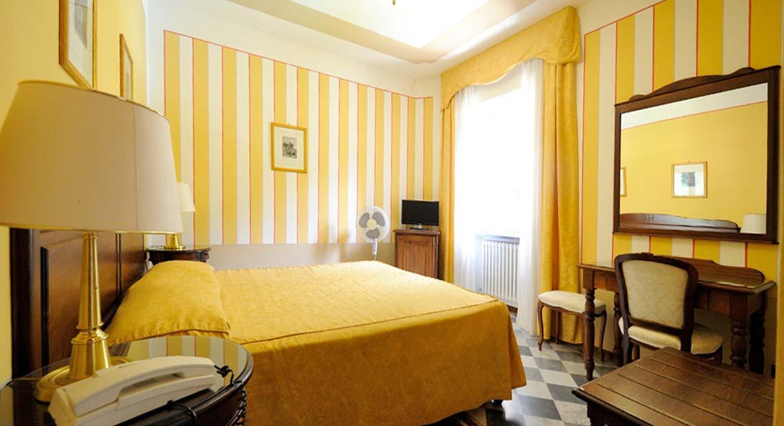 Camera con bagno, Hotel Bagni di Lucca Terme.
